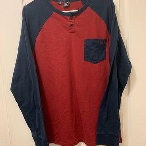 Volcom long sleeve shirt Size L